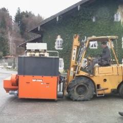 05 gebrauchter Shredder, gekauft 2009,Stapler am Limit